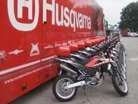Vol de 10 motos chez Husqvarna en Italie